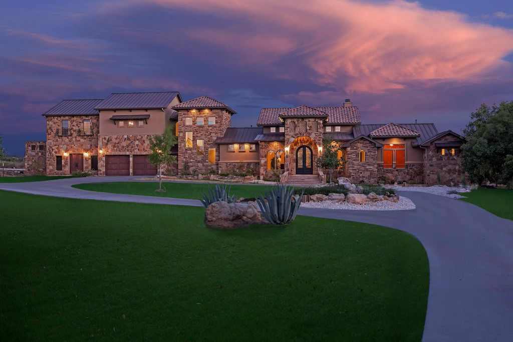 Lake Travis Custom Homes Photos